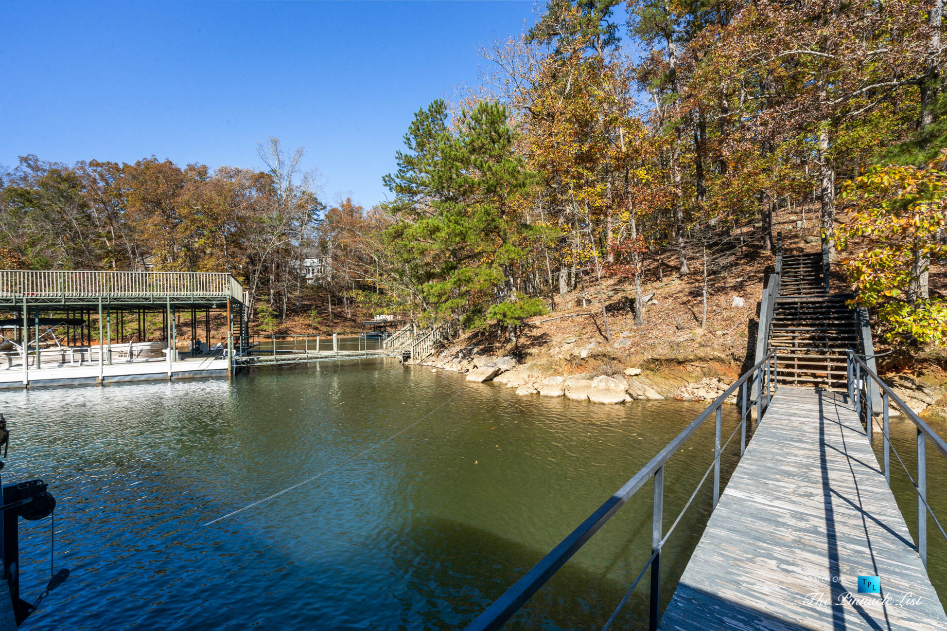 7860 Chestnut Hill Rd, Cumming, GA, USA – Walkway to Private Dock with Sundeck – Luxury Real Estate – Lake Lanier Mid-Century Modern Stone Home