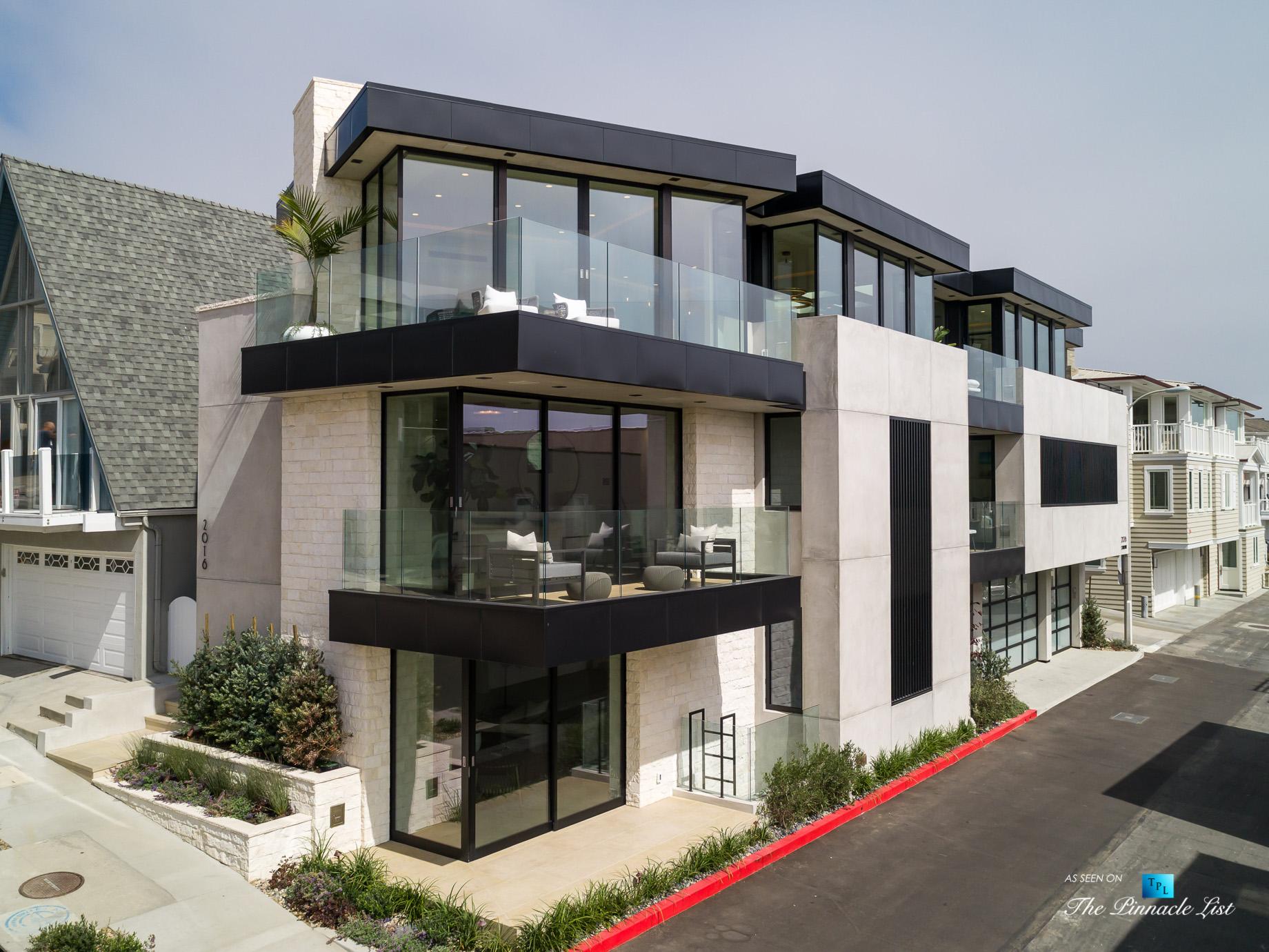 2016 Ocean Dr, Manhattan Beach, CA, USA - Front Side Facade - Luxury Real Estate - Modern Ocean View Home