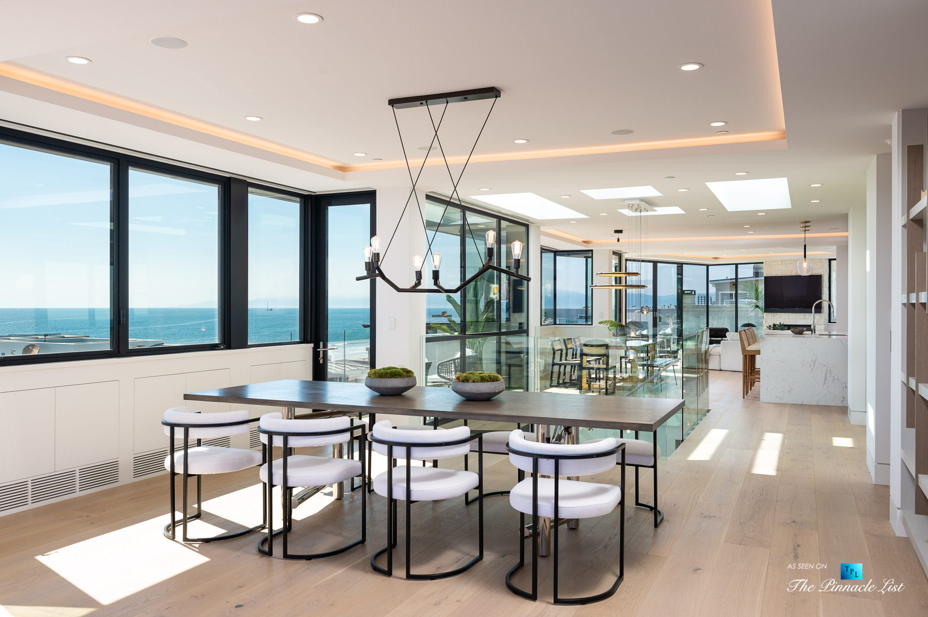 2016 Ocean Dr, Manhattan Beach, CA, USA – Dining Room and Kitchen View – Luxury Real Estate – Modern Ocean View Home