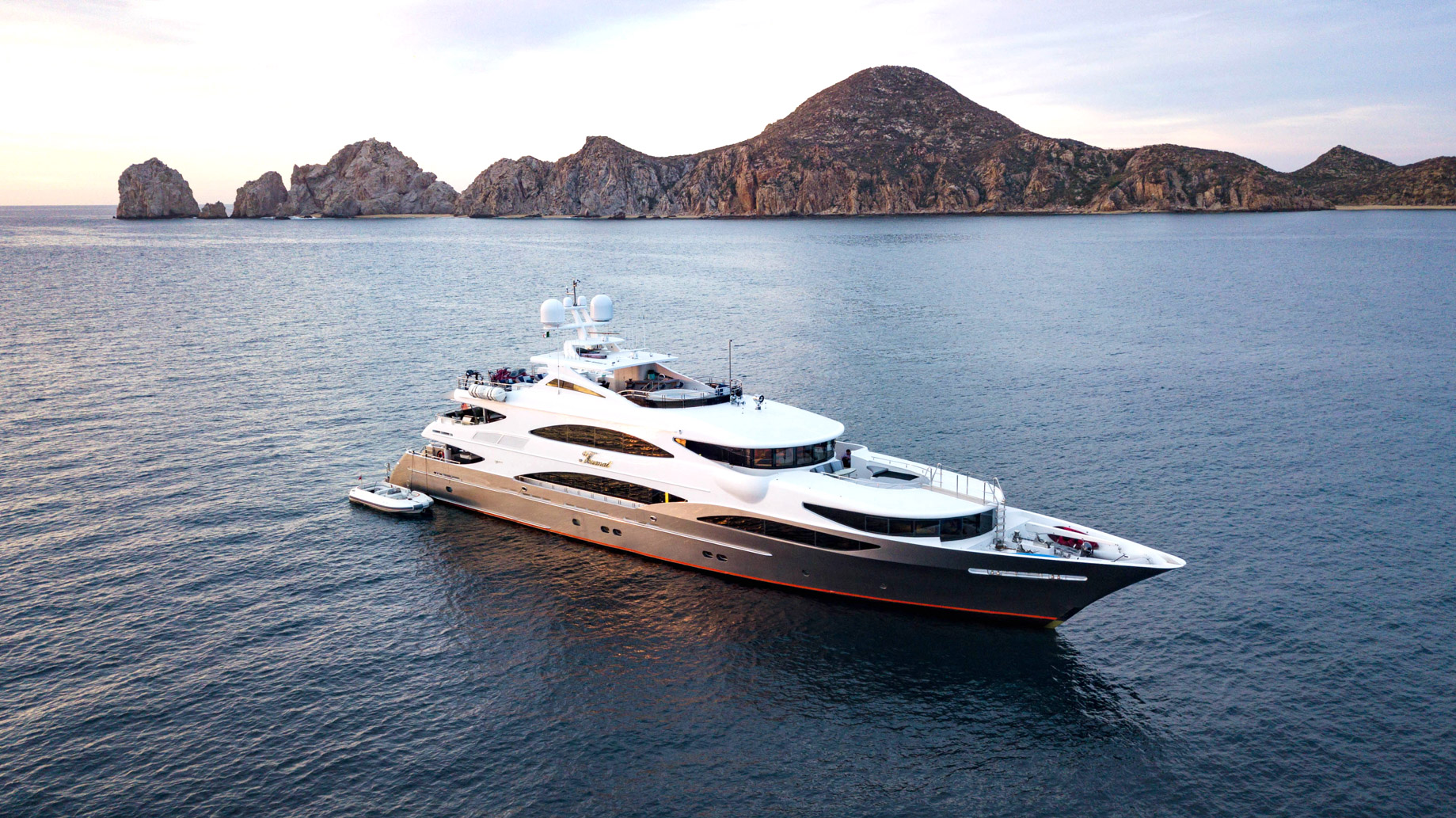 Tsumat Luxury Yacht - Some of The Best American-Made Yachts For Sale - Trinity Yachts