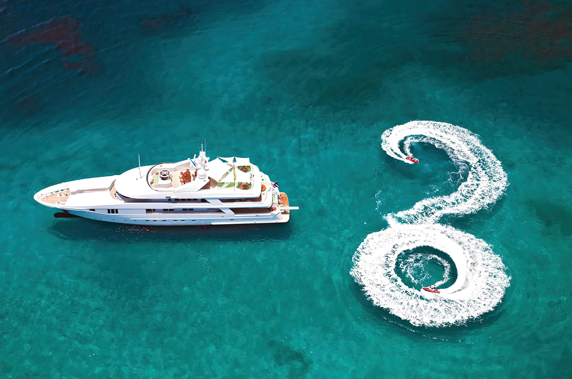 Rhino Luxury Yacht - Some of The Best American-Made Yachts For Sale - Admiral Marine Yachts