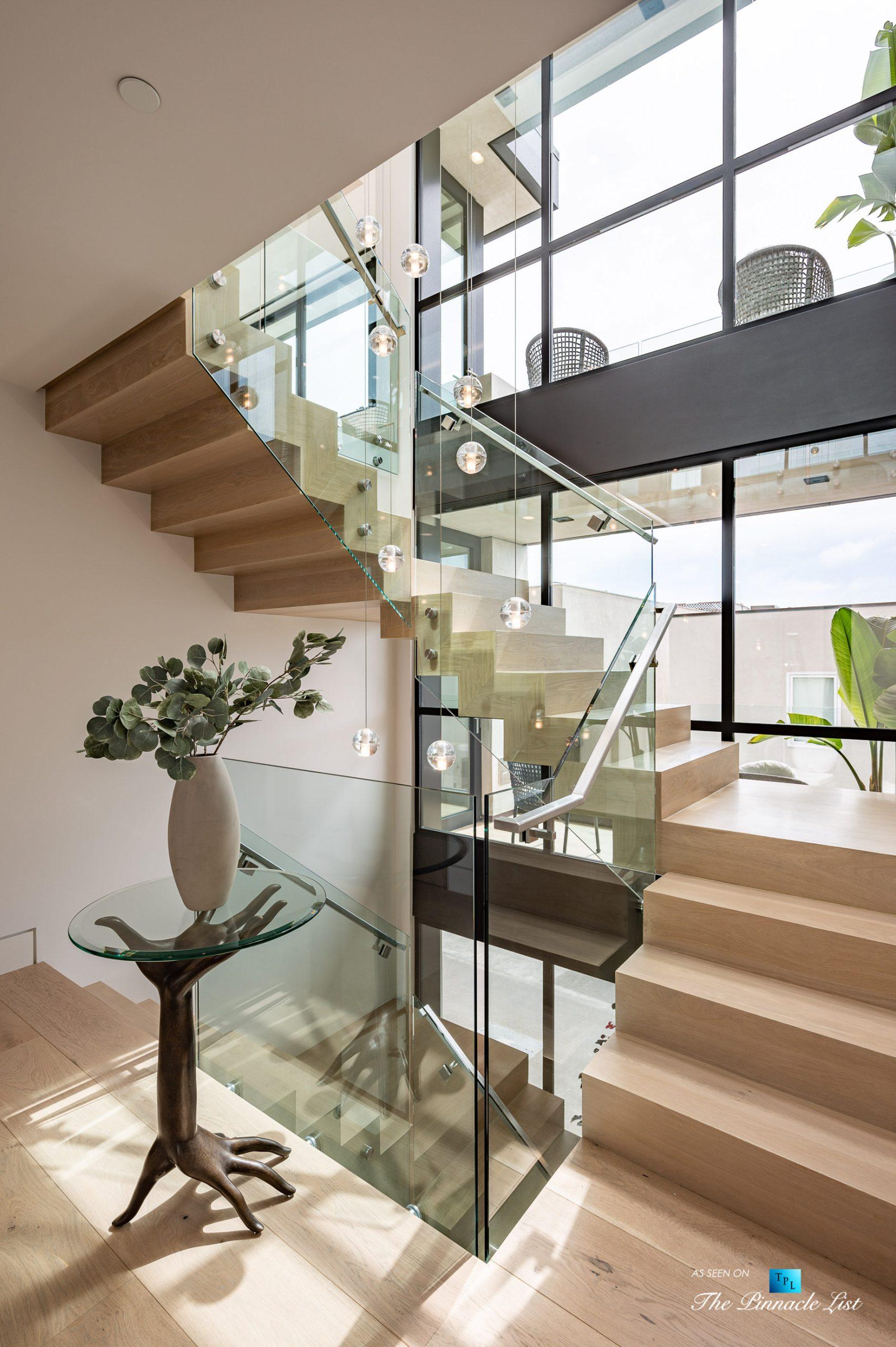 2016 Ocean Dr, Manhattan Beach, CA, USA – Foyer Stairs – Luxury Real Estate – Modern Ocean View Home