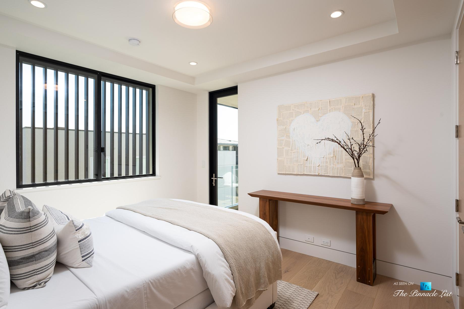 2016 Ocean Dr, Manhattan Beach, CA, USA – Bedroom – Luxury Real Estate – Modern Ocean View Home