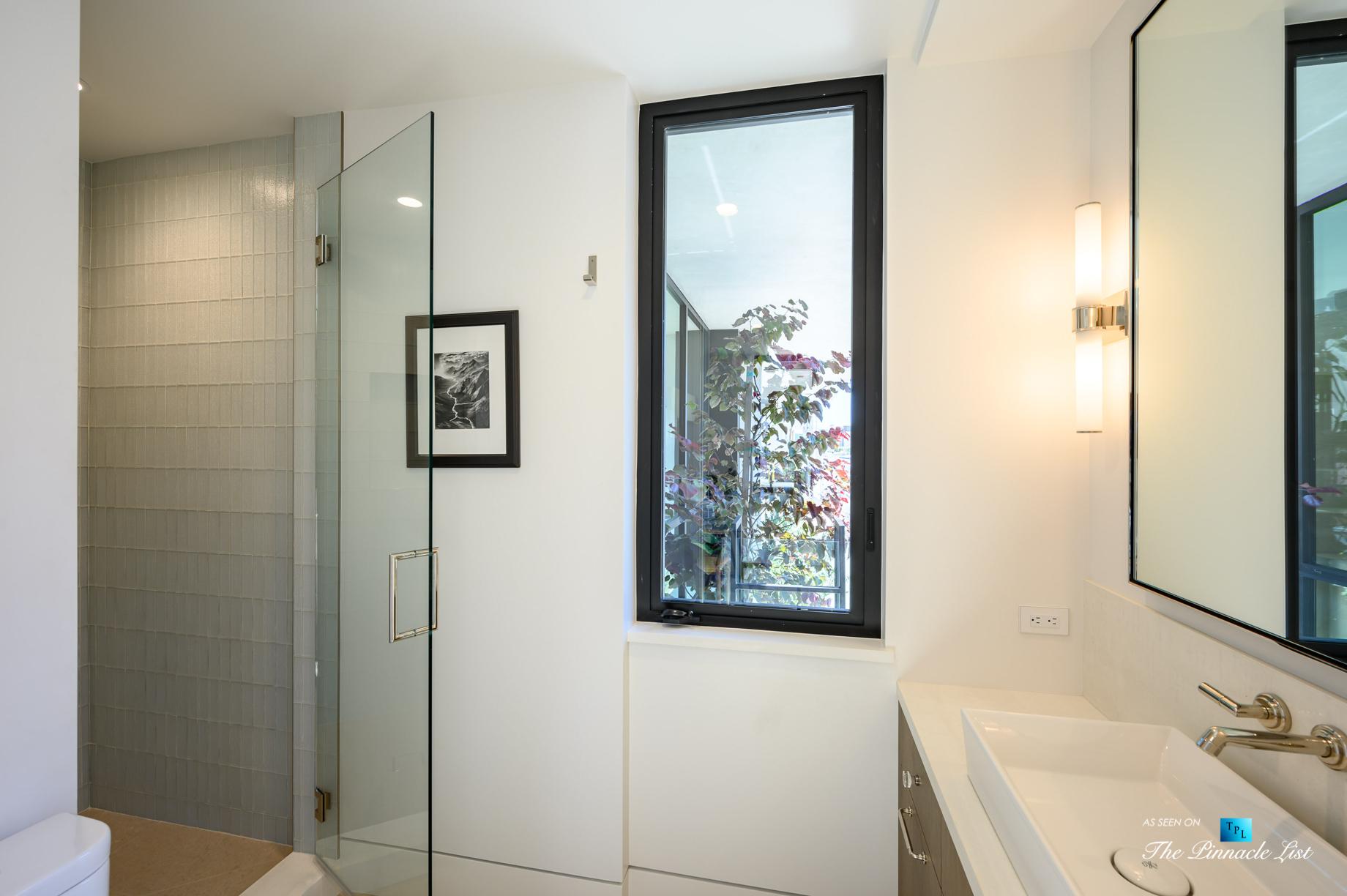 2016 Ocean Dr, Manhattan Beach, CA, USA - Bathroom - Luxury Real Estate - Modern Ocean View Home