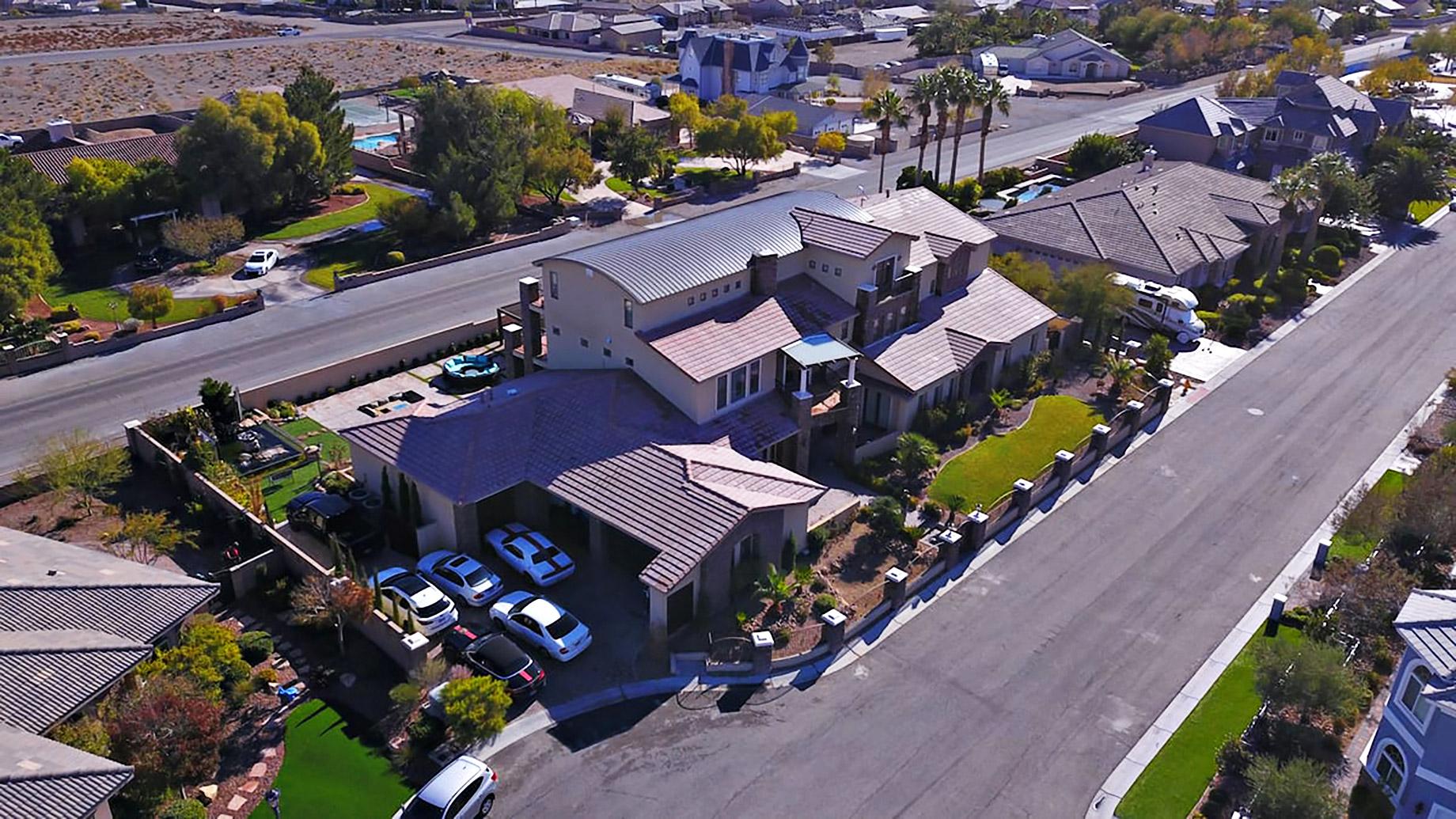 Exquisite 5-star VIP Vegas Mansion