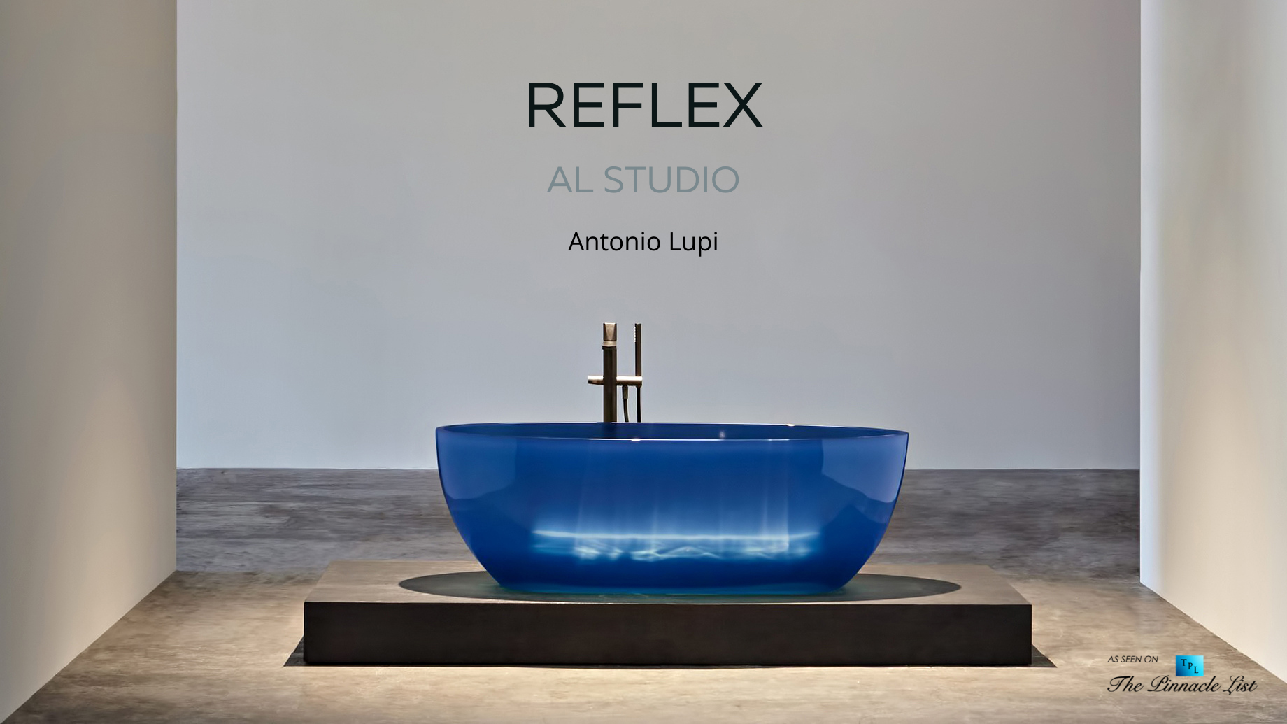 Transparent REFLEX Cristalmood Resin Luxury Bathtub by AL Studio
