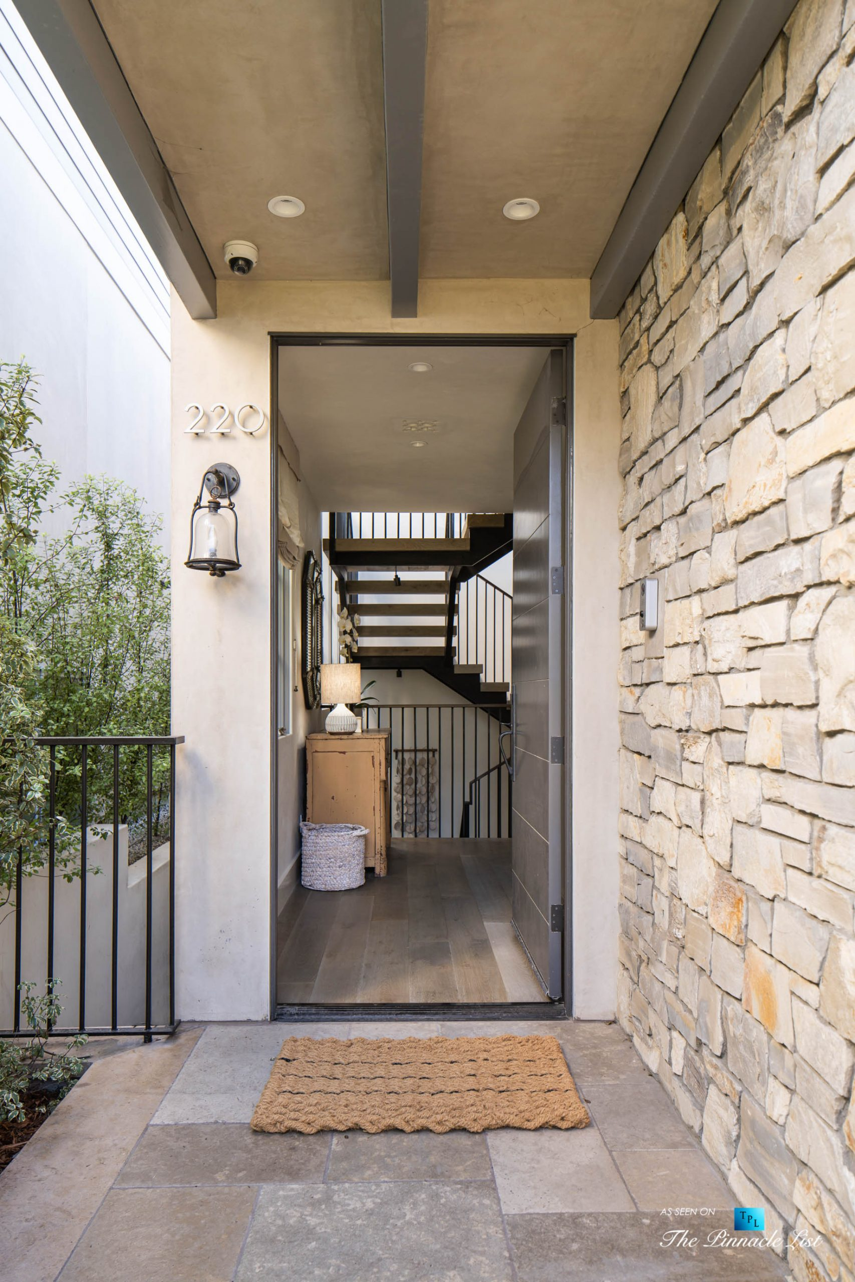 220 8th St, Manhattan Beach, CA, USA - Luxury Real Estate - Ocean View Dream Home - Front Entrance Door