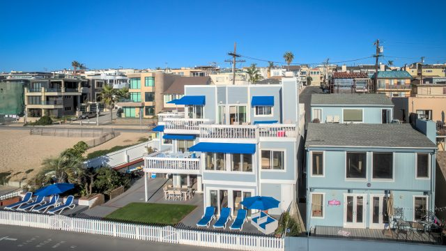 3500 The Strand, Hermosa Beach, CA, USA – Beachfront Luxury Real Estate – Original 90210 Beach House