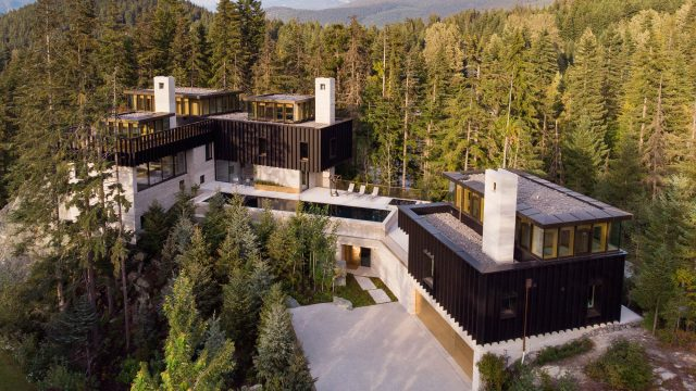 The Rock Luxury Estate Residence - Hillcrest Lane, Whistler, BC, Canada
