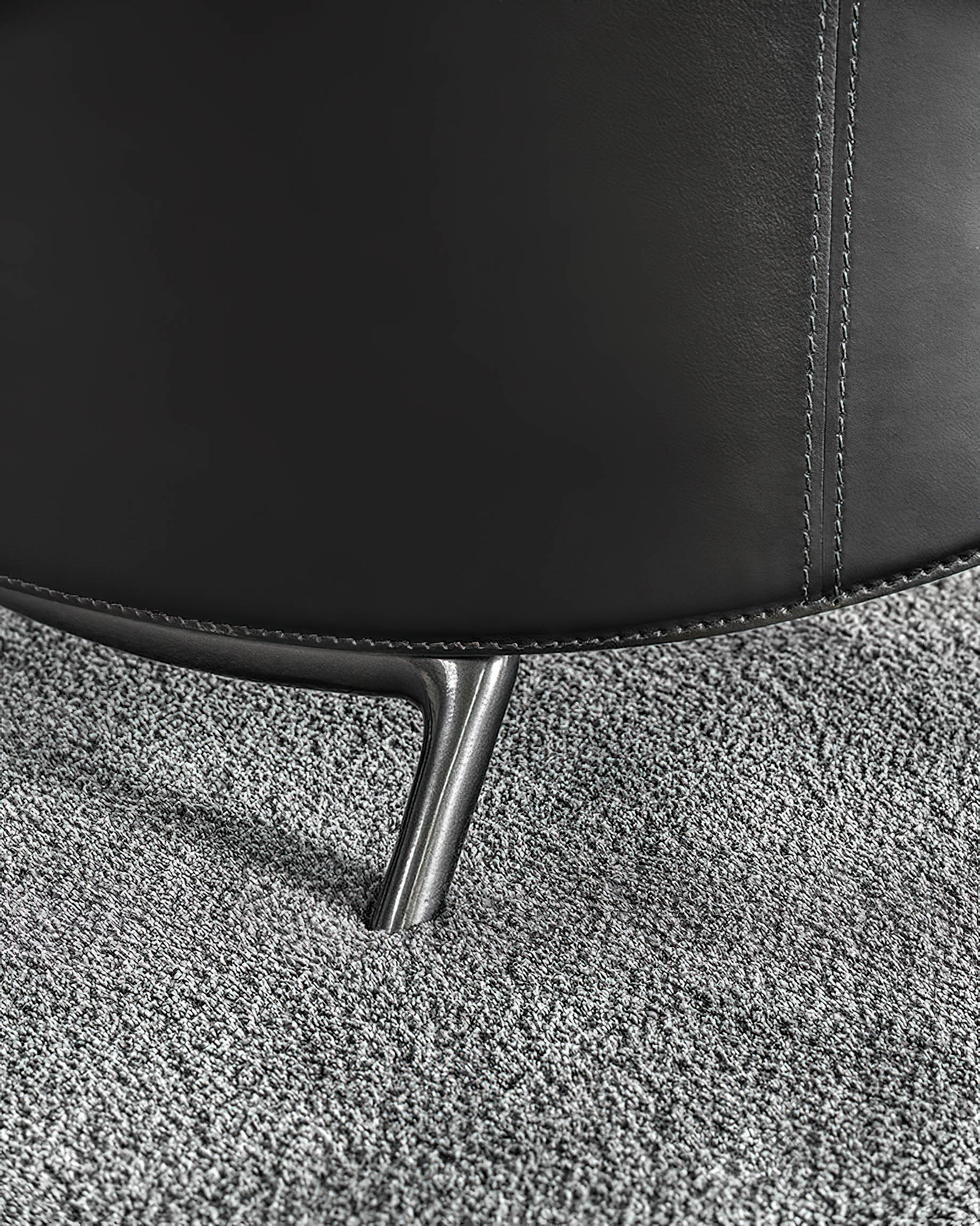 Angie Armchair Collection a Sculptural Gesture by Minotti, Italy – GamFratesi