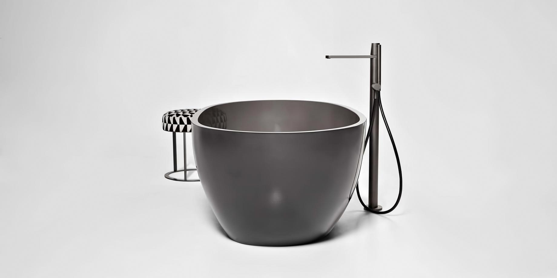 Transparent REFLEX Cristalmood Resin Luxury Bathtub by AL Studio – Fume