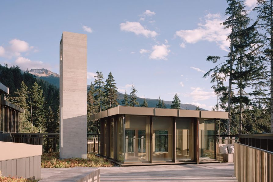 The Rock Luxury Estate Residence - Hillcrest Lane, Whistler, BC, Canada