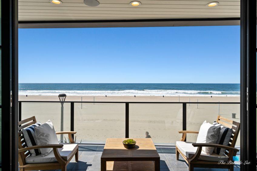 508 The Strand, Manhattan Beach, CA, USA - Living Room View - Luxury Real Estate - Oceanfront Home