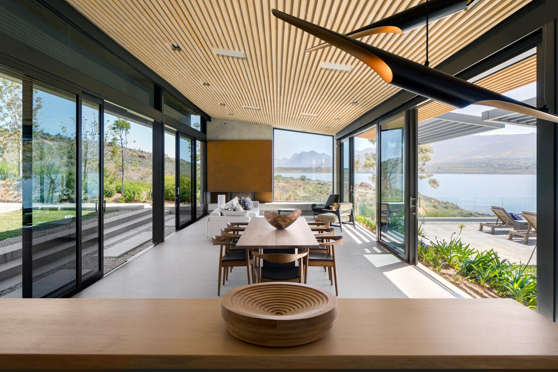 Benguela Cove Wine Estate Residence - Hermanus, Overberg, South Africa