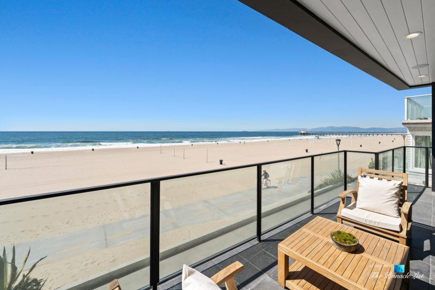 508 The Strand, Manhattan Beach, CA, USA - Living Room Patio View - Luxury Real Estate - Oceanfront Home