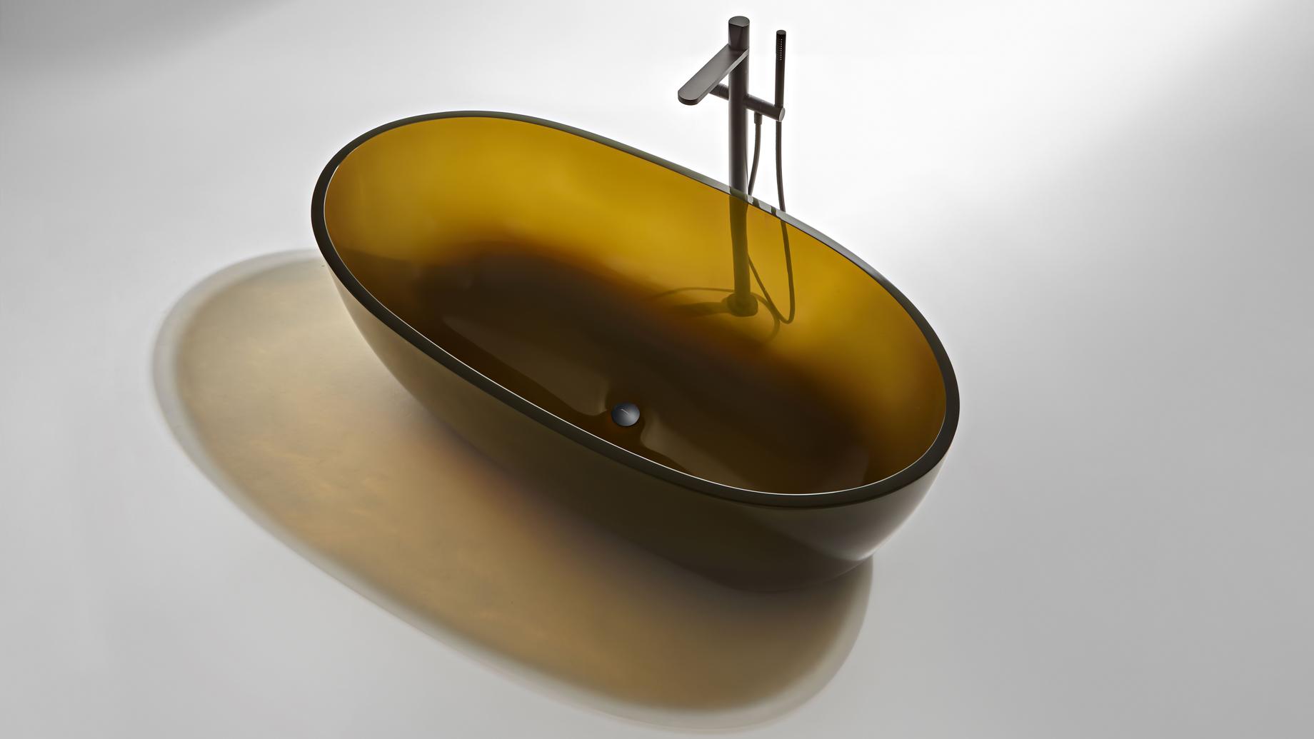 Transparent REFLEX Cristalmood Resin Luxury Bathtub by AL Studio – Gran Cru