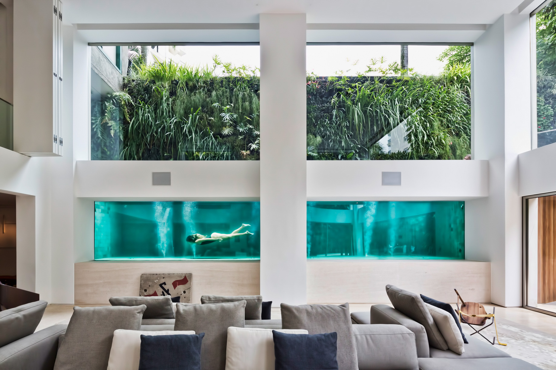 Panorama Swimming Pool House - Vila Nova Conceicao, Sao Paulo, Brazil