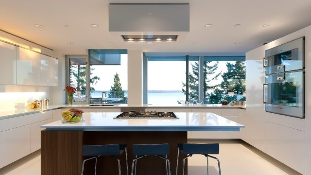 West Coast Modern - 4249 Rockbank Place, West Vancouver, BC, Canada