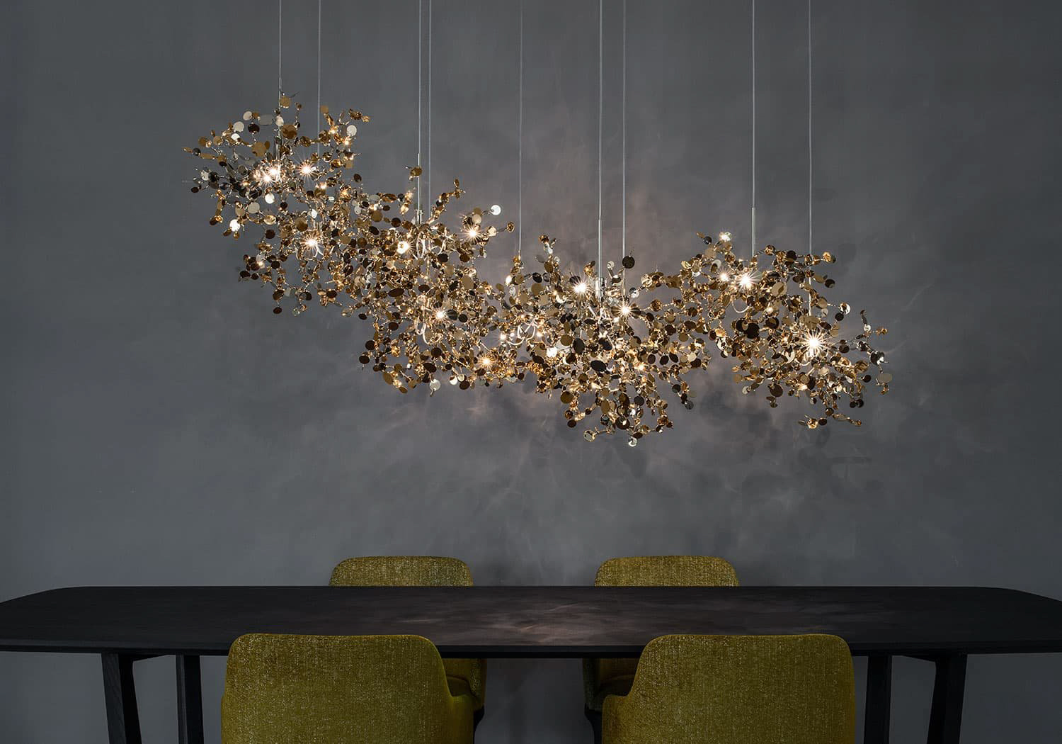 A Precious Cloud Sculpture of Light – Argent Fixtures by Terzani Lighting Italy – 4 Element Linear Suspension Gold