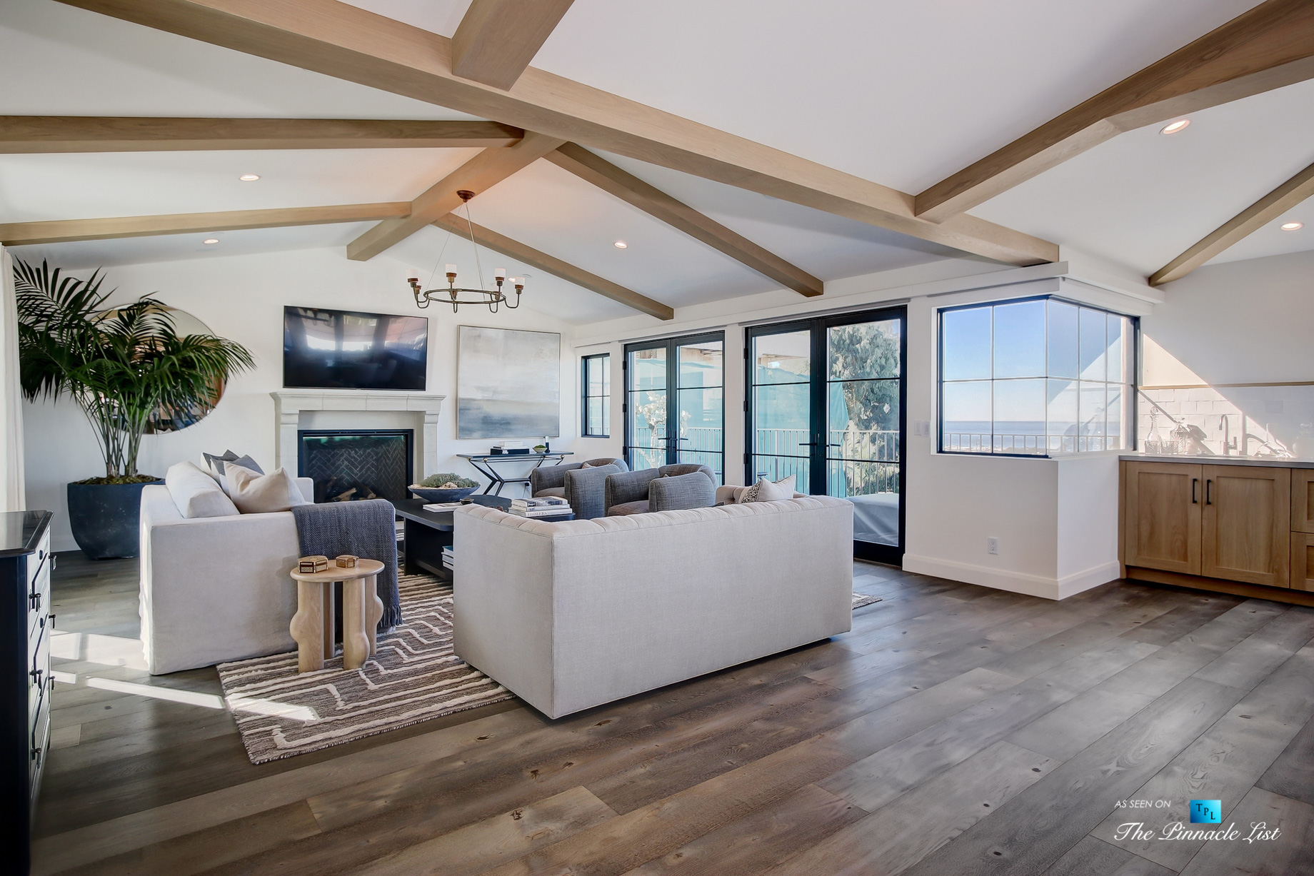 825 Highview Ave, Manhattan Beach, CA, USA – Living Room – Luxury Real Estate – Modern Spanish Home