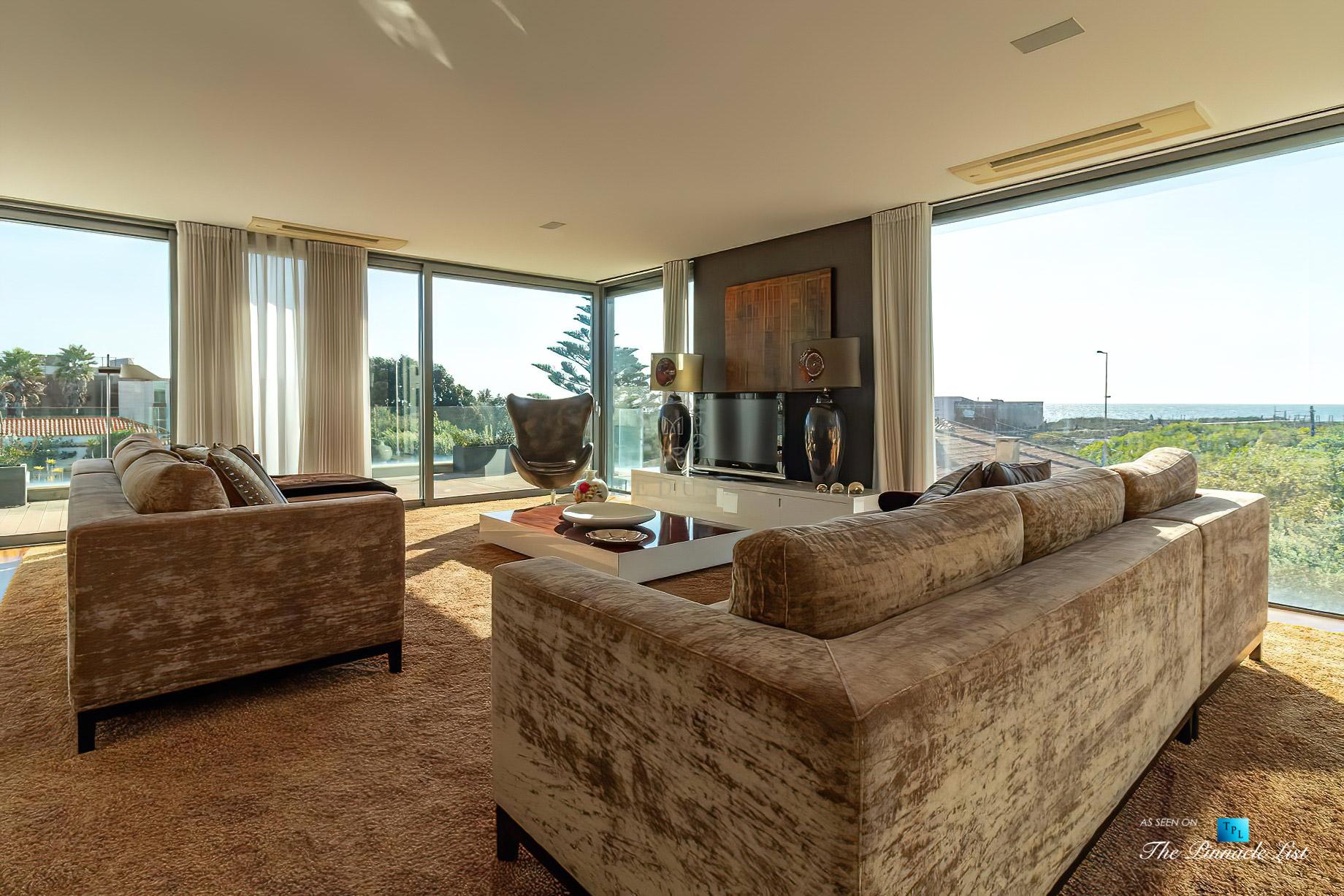 Francelos Beach Luxury T5 Villa – Porto, Portugal – Living Room Ocean View – Luxury Real Estate – Modern Home