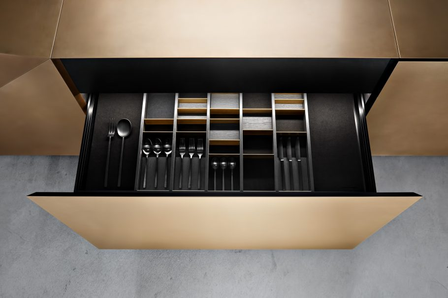 Iconic Steininger FOLD High Tech Kitchen Block Design Inspired by Origami - Seperation system with flexible magnetic elements