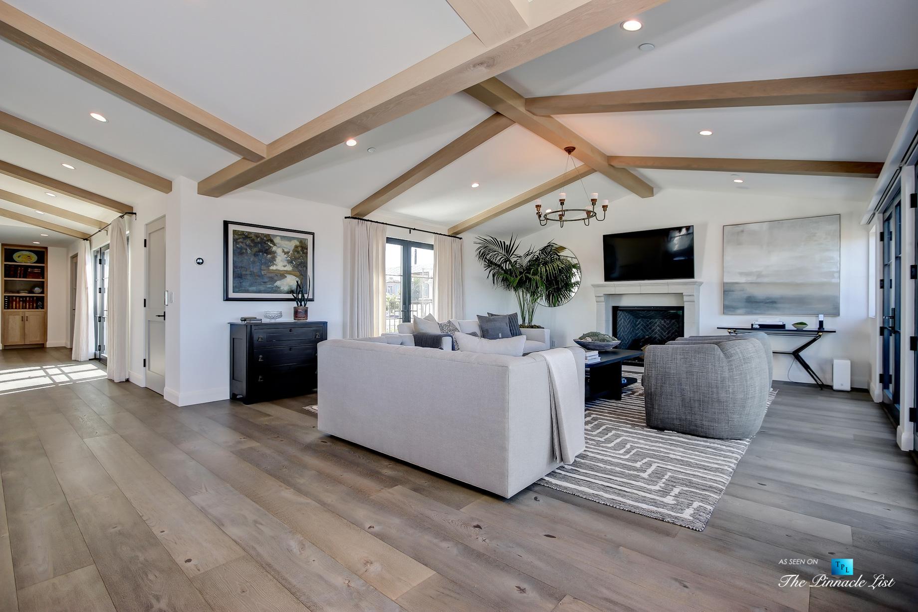 825 Highview Ave, Manhattan Beach, CA, USA - Living Room - Luxury Real Estate - Modern Spanish Home