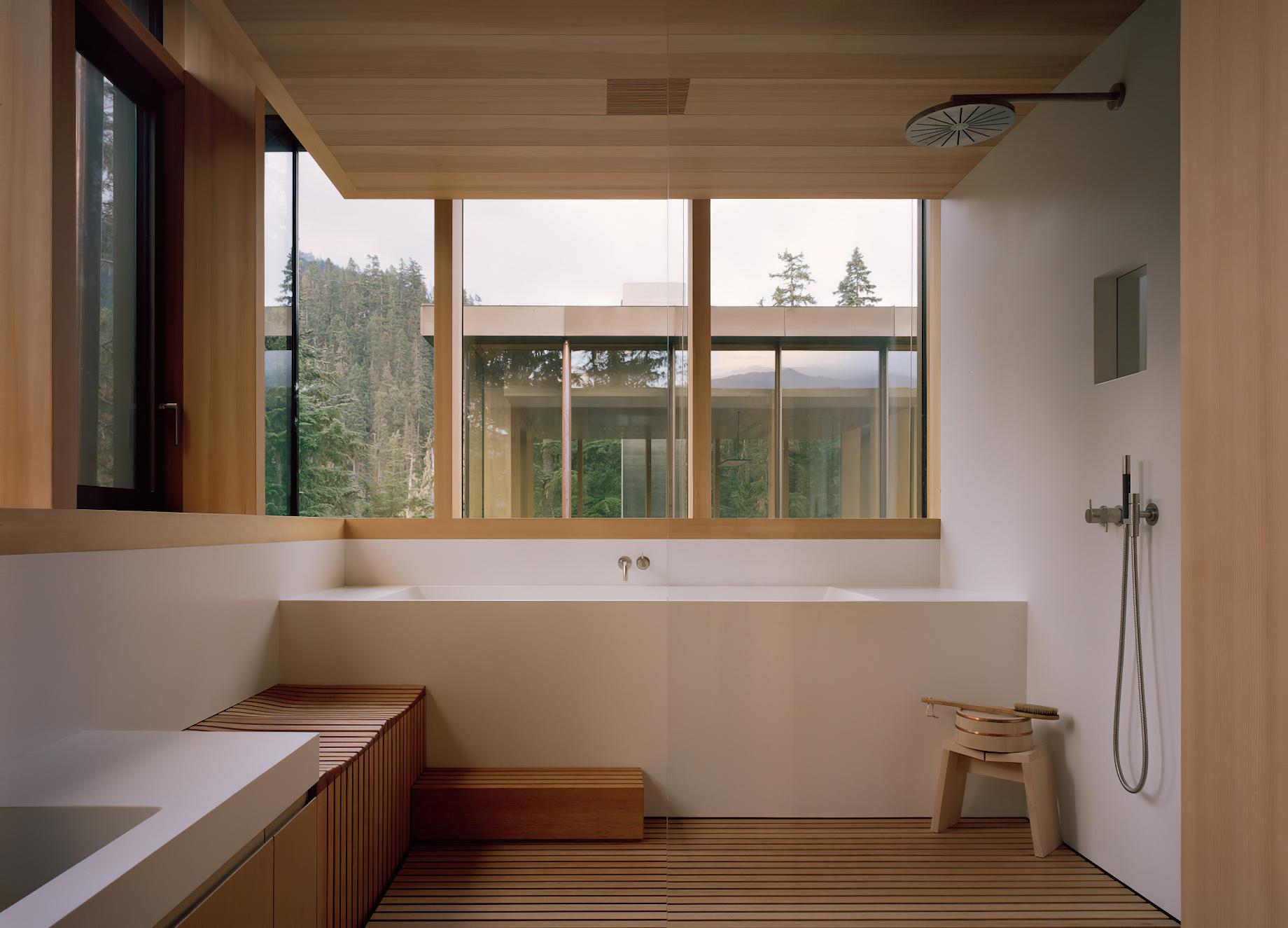 The Rock Luxury Estate Residence – Hillcrest Lane, Whistler, BC, Canada