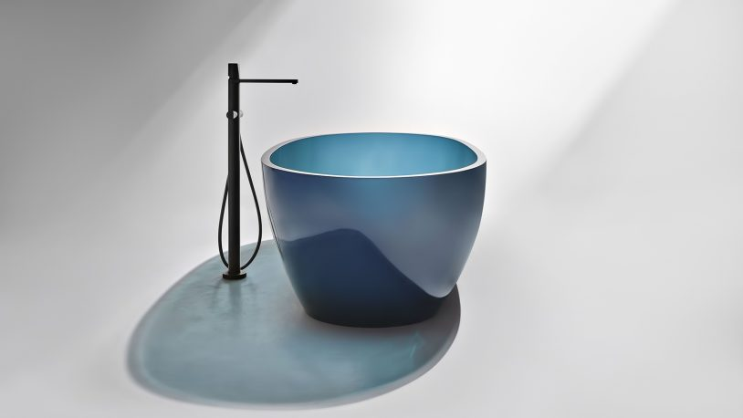 Transparent REFLEX Cristalmood Resin Luxury Bathtub by AL Studio - Ceruleo