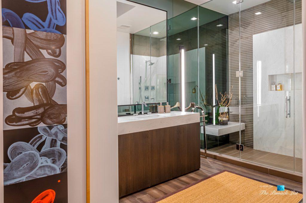 2720 Ellison Dr, Beverly Hills, CA, USA - Master Bathroom - Luxury Real Estate - Italian Villa Hilltop Home