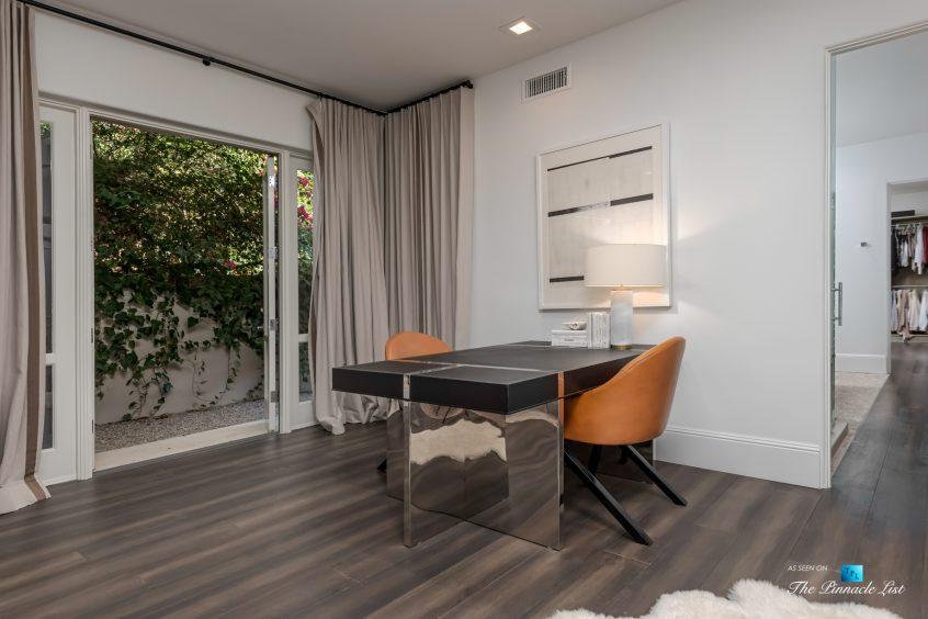 2720 Ellison Dr, Beverly Hills, CA, USA - Sitting Area - Luxury Real Estate - Italian Villa Hilltop Home