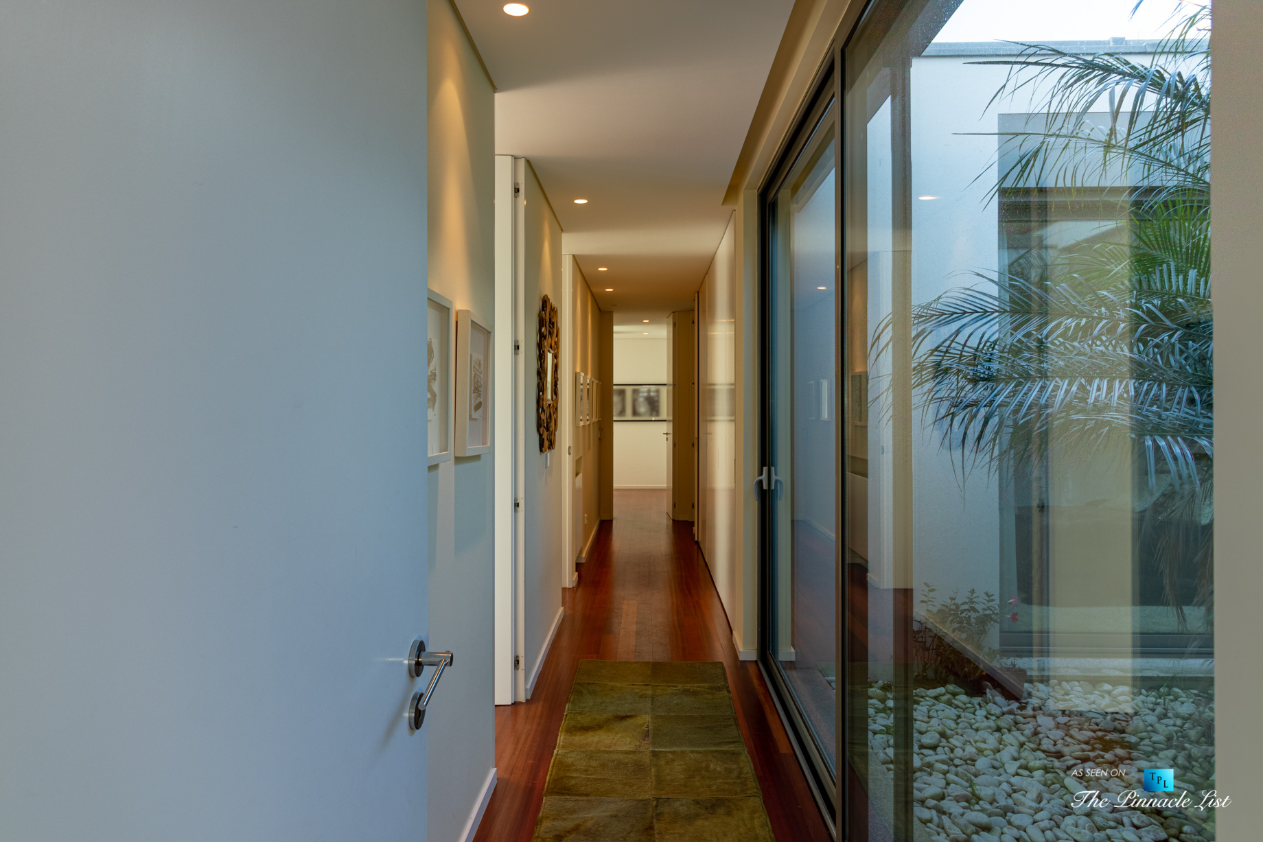 Francelos Beach Luxury T5 Villa - Porto, Portugal - Hallway - Luxury Real Estate – Modern Home
