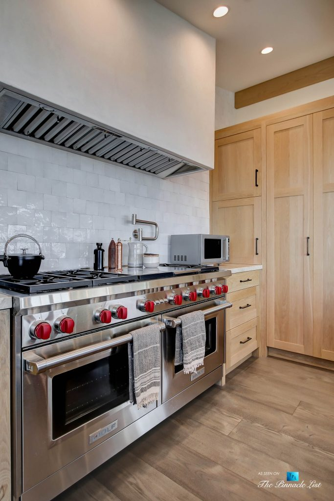 825 Highview Ave, Manhattan Beach, CA, USA - Kitchen WOLF Gas Range and Hood - Luxury Real Estate - Modern Spanish Home