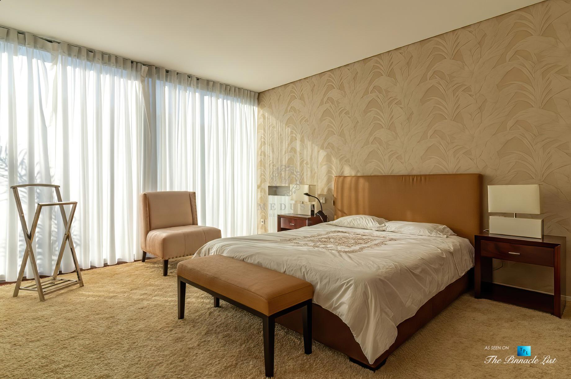 Francelos Beach Luxury T5 Villa – Porto, Portugal – Master Bedroom – Luxury Real Estate – Modern Home
