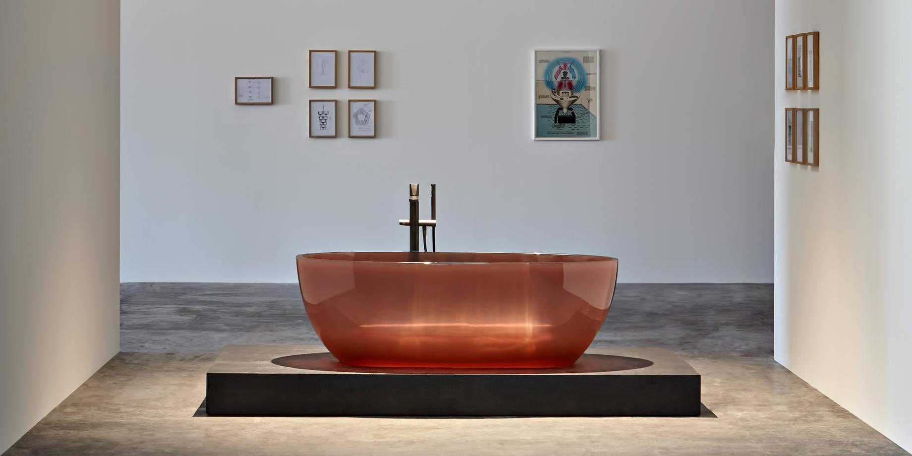 Transparent REFLEX Cristalmood Resin Luxury Bathtub by AL Studio - Ginger