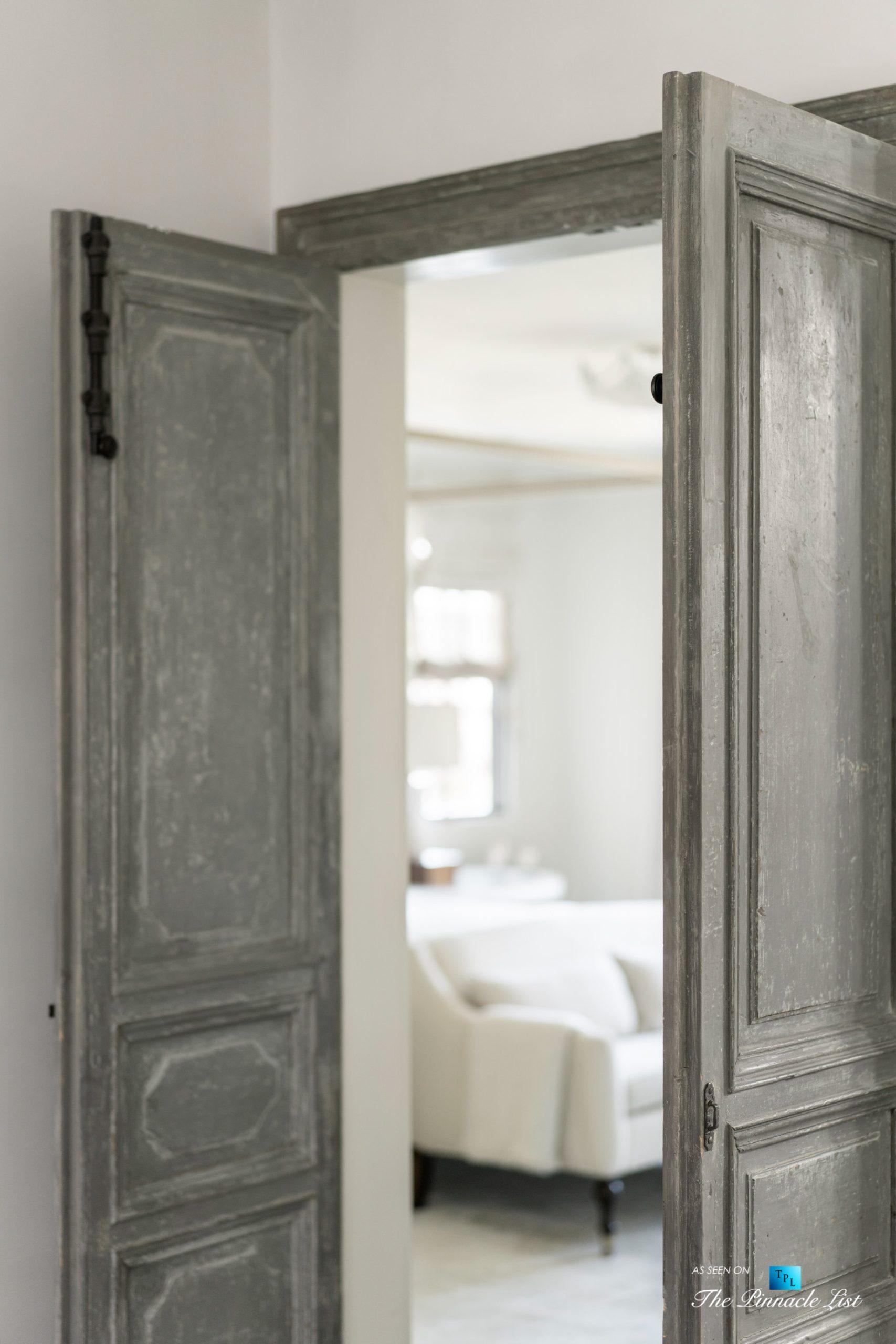 a220 8th St, Manhattan Beach, CA, USA – Luxury Real Estate – Ocean View Dream Home – Interior Doors