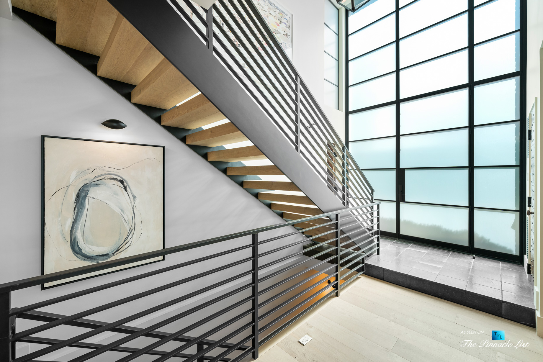 508 The Strand, Manhattan Beach, CA, USA – House Entry Stairs – Luxury Real Estate – Oceanfront Home