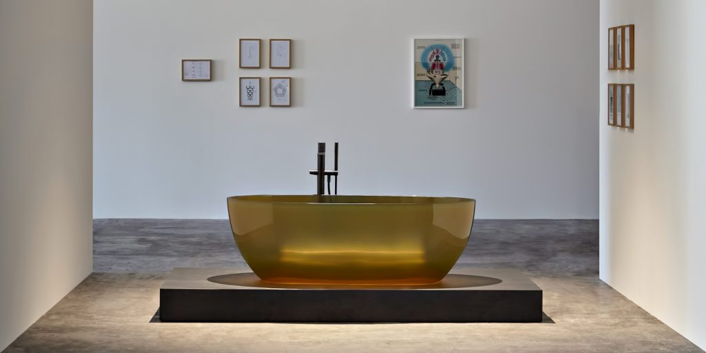 Transparent REFLEX Cristalmood Resin Luxury Bathtub by AL Studio - Ocra