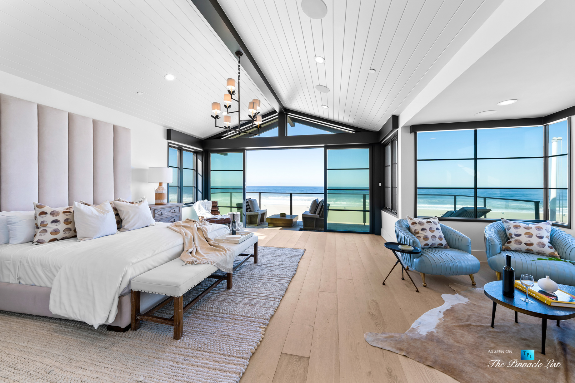508 The Strand, Manhattan Beach, CA, USA - Master Bedroom Suite - Luxury Real Estate - Oceanfront Home