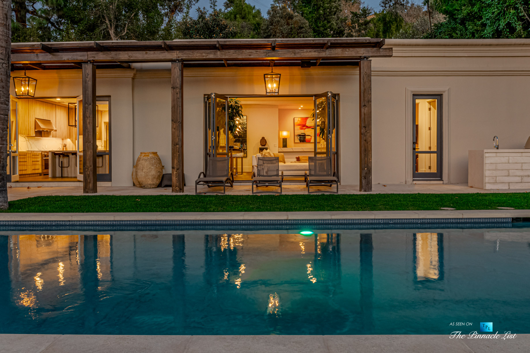 2720 Ellison Dr, Beverly Hills, CA, USA – Exterior Pool View at Night – Luxury Real Estate – Italian Villa Hilltop Home