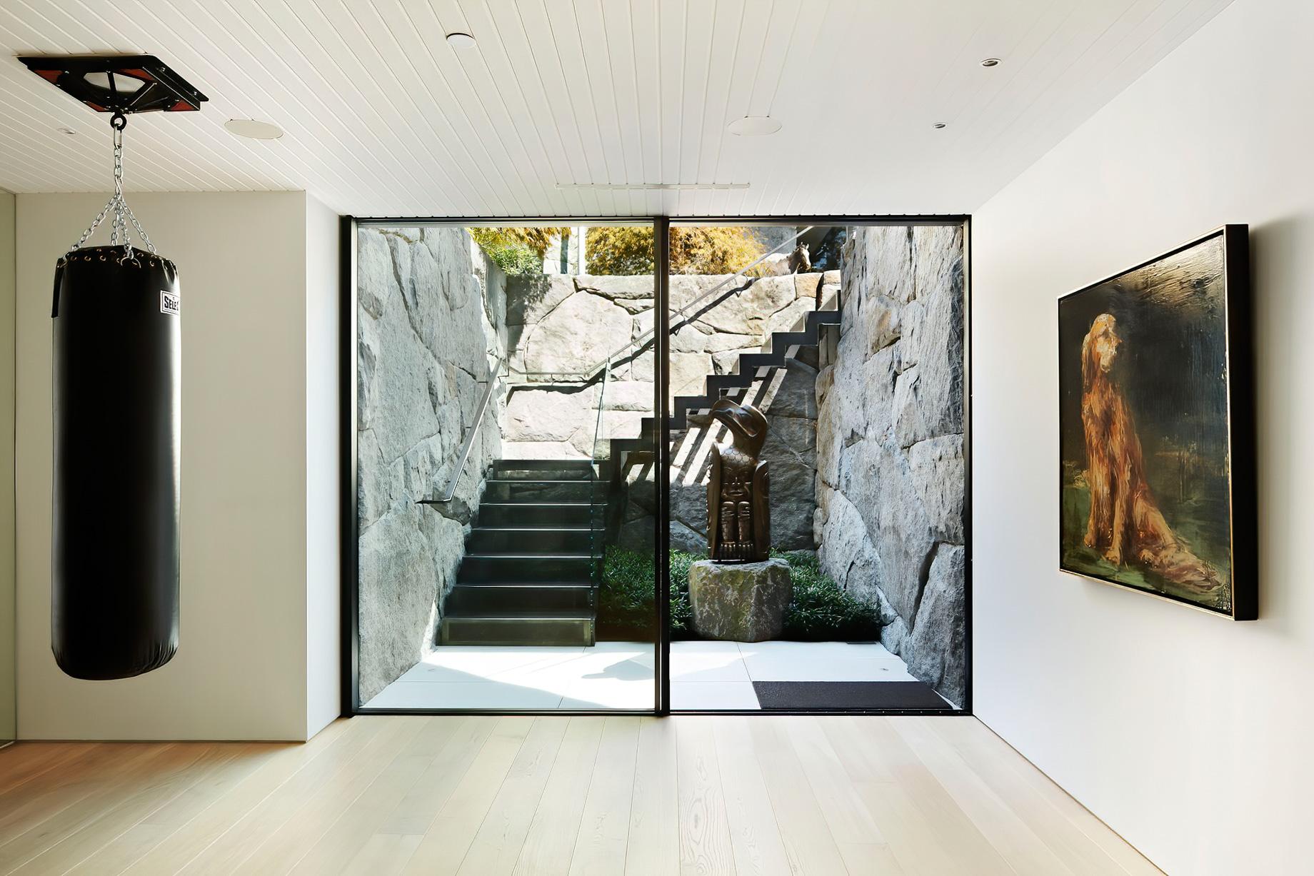 Sculpture Garden Gallery House Estate – Vancouver, BC, Canada