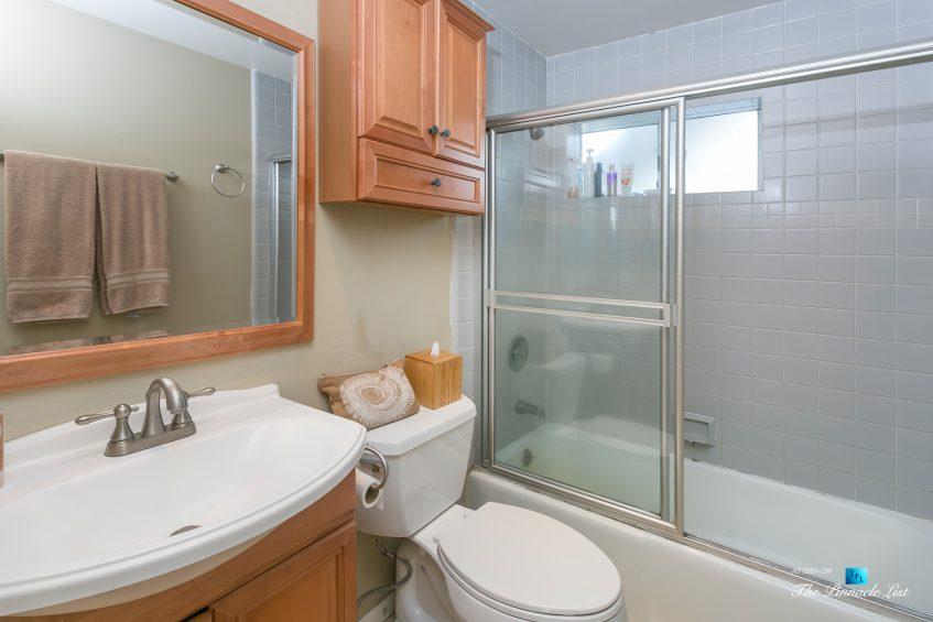 3500 The Strand, Hermosa Beach, CA, USA - Bathroom – Luxury Real Estate – Original 90210 Beach House - Oceanfront Home