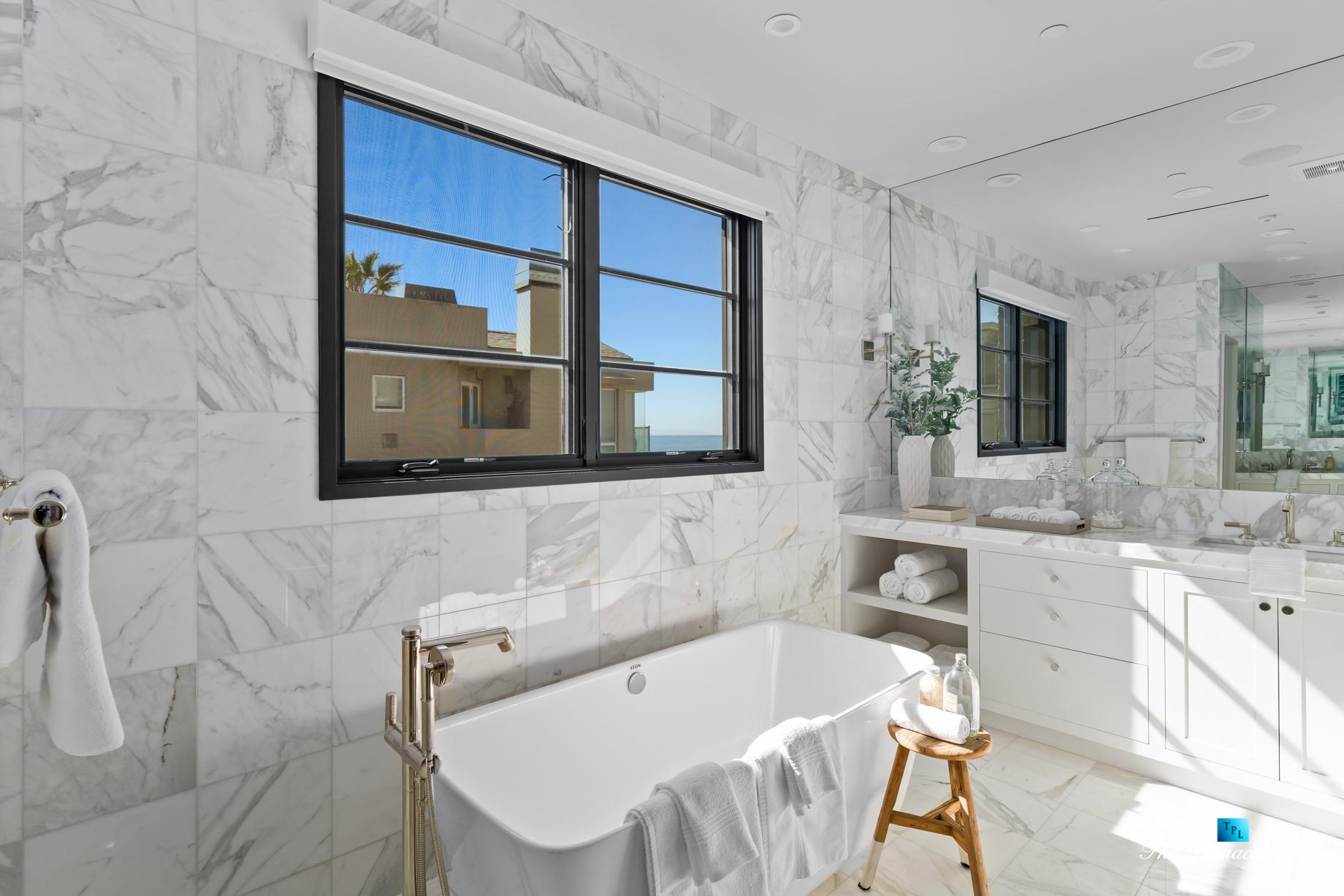 508 The Strand, Manhattan Beach, CA, USA – Master Bathroom Freestanding Tub – Luxury Real Estate – Oceanfront Home