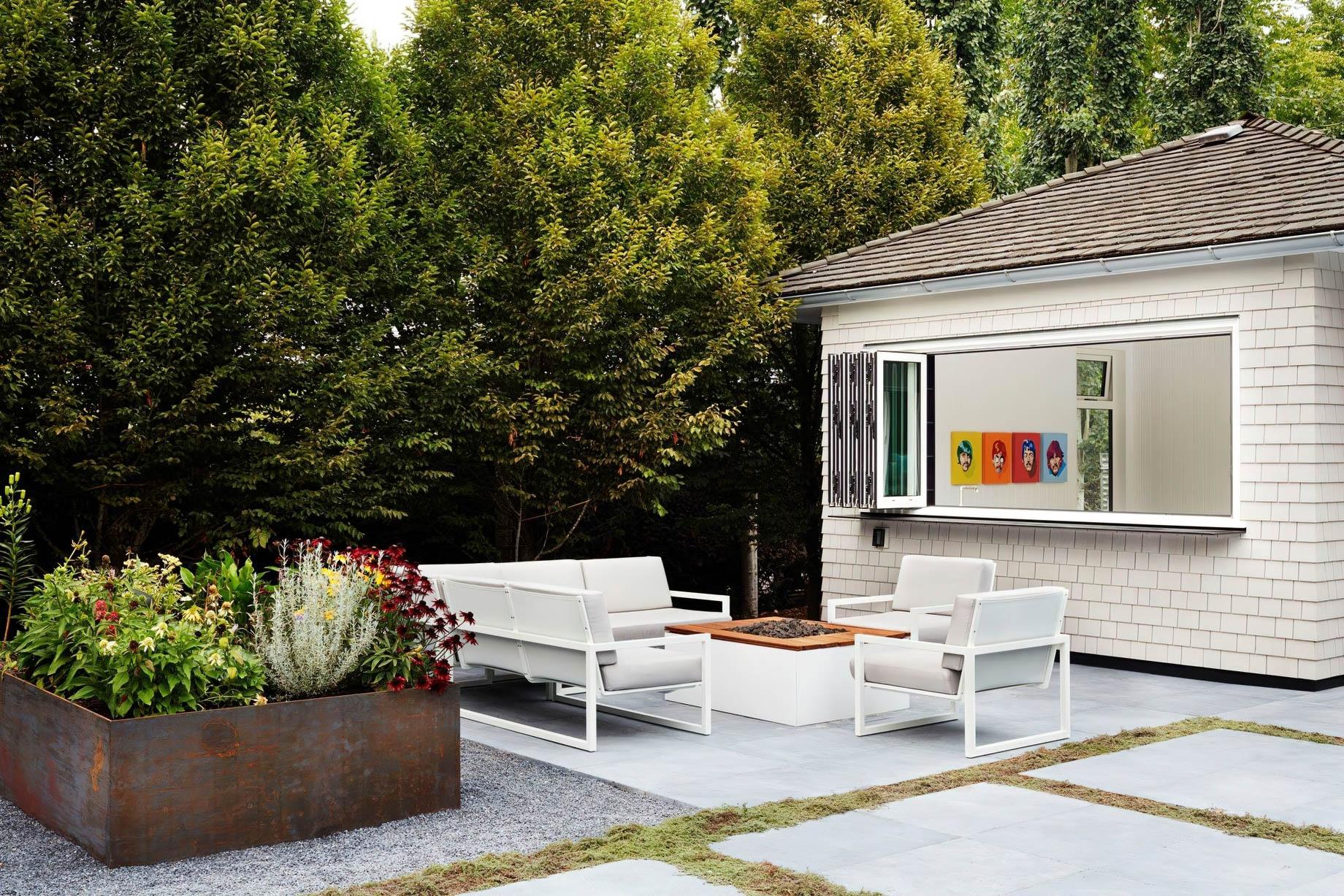 Balaclava Modern Farmhouse Southlands Estate – Vancouver, BC, Canada