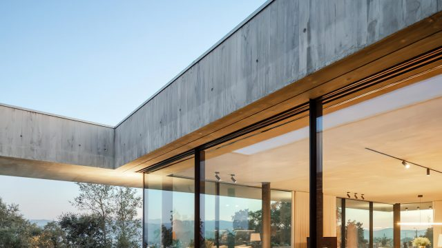 Cork Tree House Contemporary Residence - Braga, Portugal