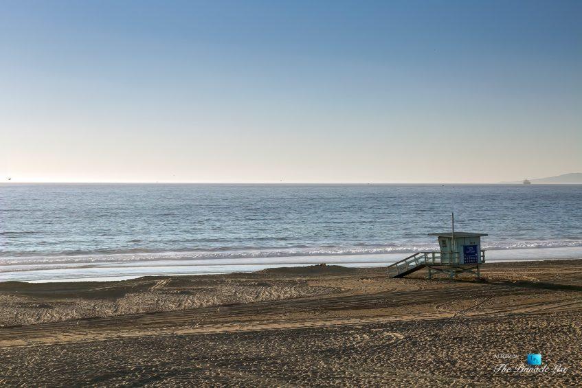 3500 The Strand, Hermosa Beach, CA, USA - Lifeguard Station - Luxury Real Estate – Original 90210 Beach House