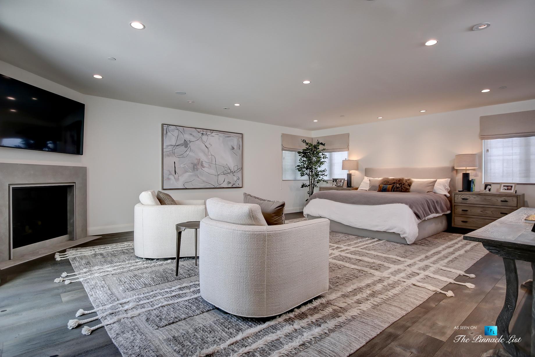 825 Highview Ave, Manhattan Beach, CA, USA - Master Bedroom Suite - Luxury Real Estate - Modern Spanish Home