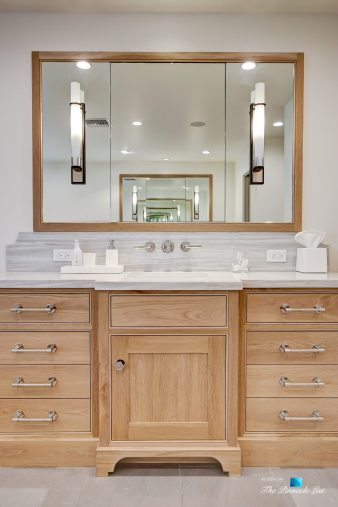 825 Highview Ave, Manhattan Beach, CA, USA - Master Bathroom Vanity - Luxury Real Estate - Modern Spanish Home
