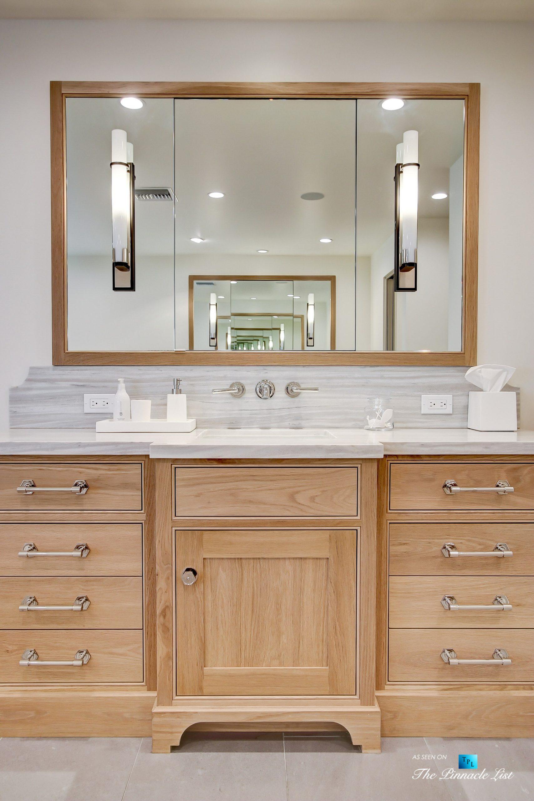 825 Highview Ave, Manhattan Beach, CA, USA – Master Bathroom Vanity – Luxury Real Estate – Modern Spanish Home