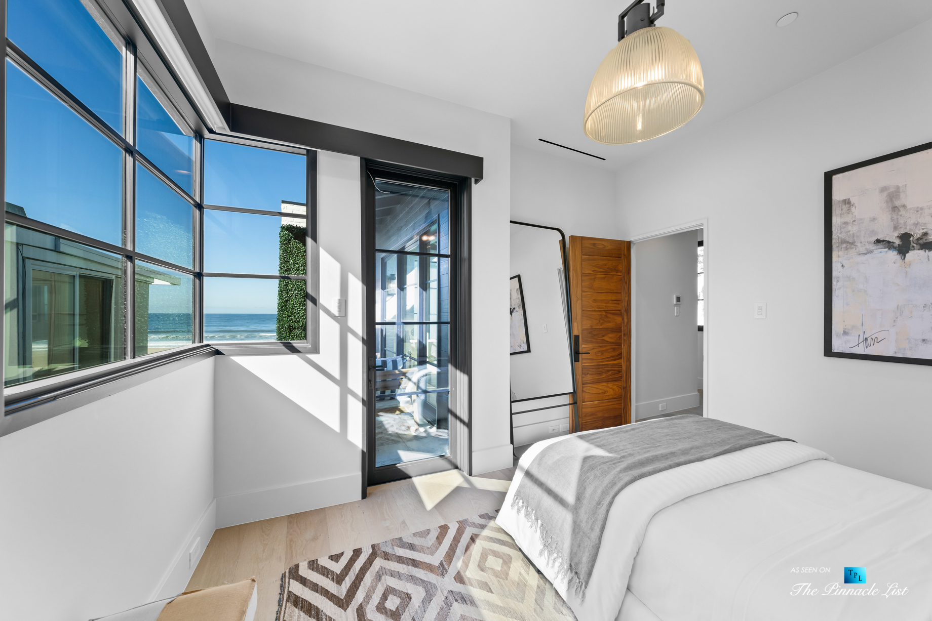 508 The Strand, Manhattan Beach, CA, USA – Upstairs Bedroom – Luxury Real Estate – Oceanfront Home